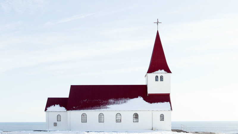 Seven Ways to Pray for Your Leaders